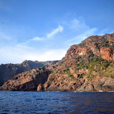 Des calanches de Piana à la réserve de Scandola en bateau